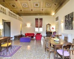 Palazzo Tanari Apartment