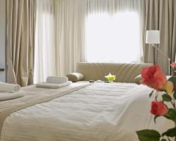 Ellopia Point Boutique Suites