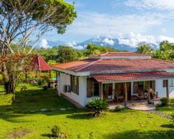 Tres Amigos Island Villas