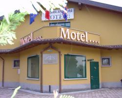 Hotel Adda