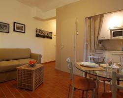 Fondazza Halldis Apartments