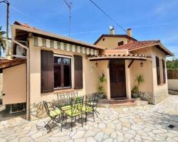 Cosy Antibes villa