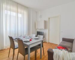 Palazzo Farini Halldis Apartments