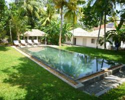 Sakara House