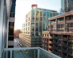 CN Tower/Rogers Center 2 bedroom