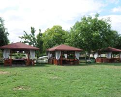 Bellevue Bungalows