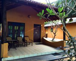 Mambo's Arugambay Hotel