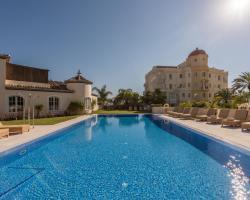 Las Dunas Suites & Apartments
