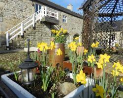 Falstone Farmhouse & Barns