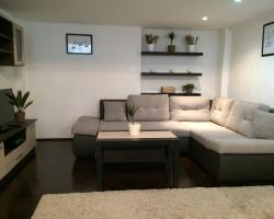 Central King Apartment