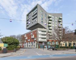 Stratford City- Edge Apartments