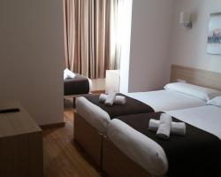Hostal Barcelona Travel