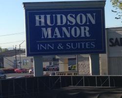 Hudson Manor Inn
