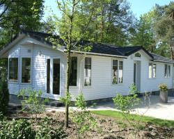 Holiday home Landgoed Ruighenrode 9