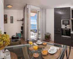 Mariva Luxury Apartment