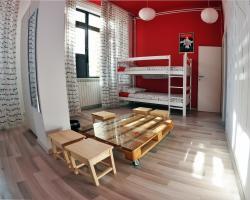 Hostel Underground Rooms