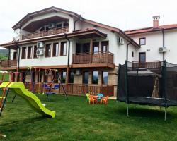 Guest House Raia