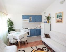 Apartments Klinac
