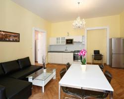 Apartment Pštrossova