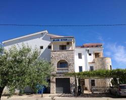 Blue Star Apartments