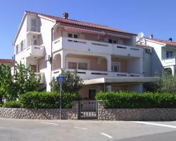 Apartment Ljiljana