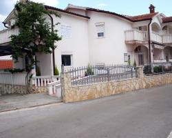 Apartments Gavric