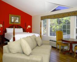 Malibu Country Inn