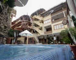 Hotel Villas Las Azucenas