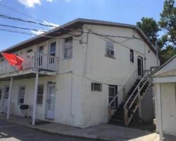 Pine Rest Motel