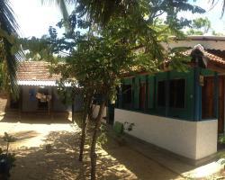 Ravi Place Arugambay
