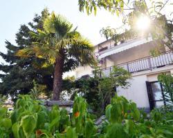 Apartments Maruzin