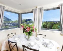 Panoramic City Views Apartment, Abbey Lane