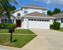 Luxury Executive Villa In Golf Community by Florida Getaways