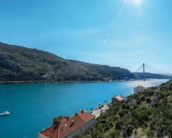 Three-Bedroom Apartment Mokosica with Sea View 03