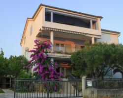 Apartments A&M Dujić