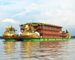 Floating Hotel Mandalay