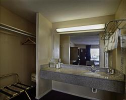 Bayview Inn and Suites Atlantic City