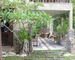 Sepat Village House by the Beach