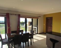 Golden View Holiday Home