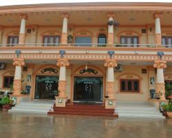 Aksone Phamysouk Hotel