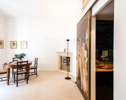 Botticelli Apartment