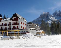 Hotel Croda Rossa