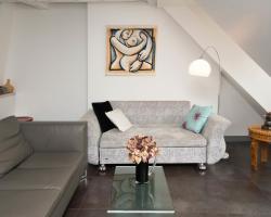 Modern Marais Duplex
