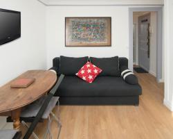 Nice Saint Honoré Apartment