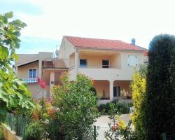 Apartments Jadranica