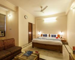 OYO 1043 Hotel Sai Residency