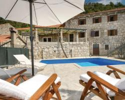 Holiday home Topolo 30