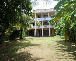 Hotel Moon Lanka