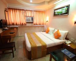 OYO Rooms VS Hospital Paldi