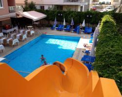 Lara Dinc Hotel